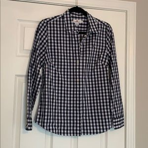 Vineyard vines navy and white womens 8 button up